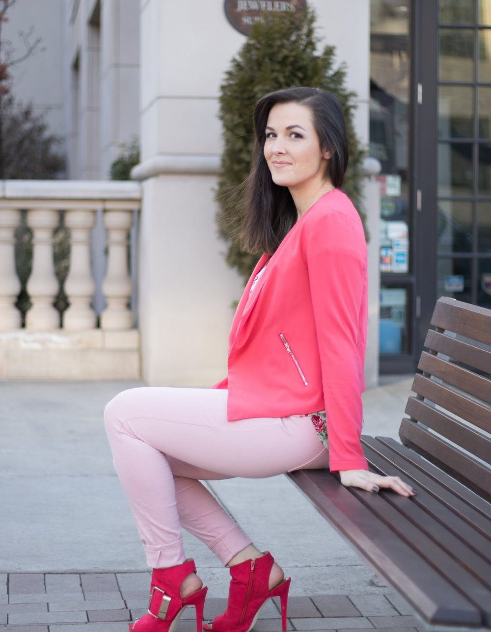 pink valentines day look | Valentines Outfit | Vday Look | Pink Blazer | Pretty In Pink | Date Night Outfit | Cute Valentines Day Look