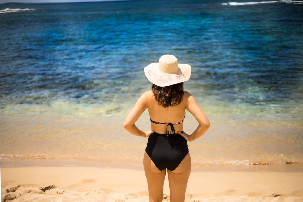 beach hat | Beach outfit | High waist swimsuit | swimsuit trends