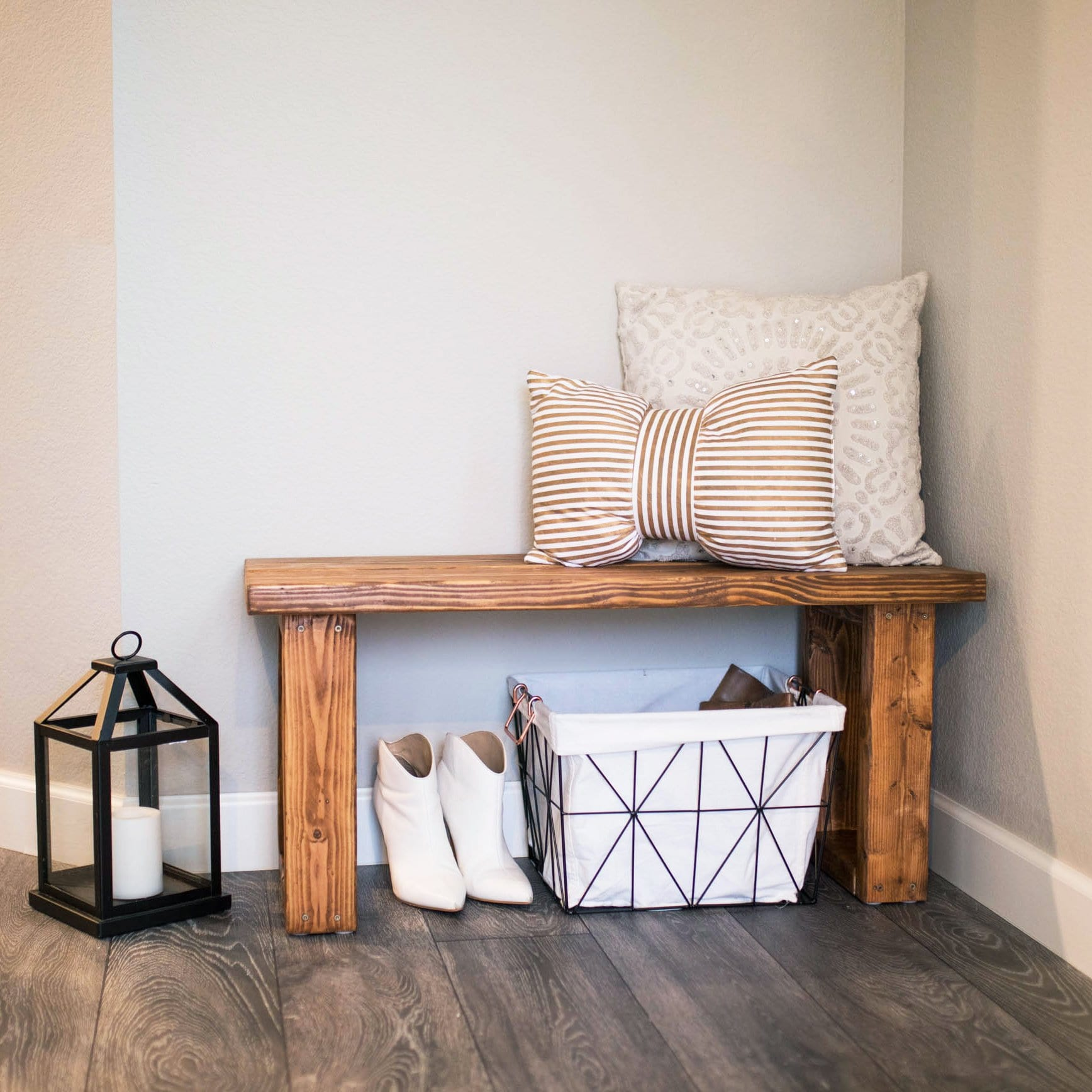Picture of: Make This Gorgeous Diy Entryway Bench For Under 12 Never Skip Brunch