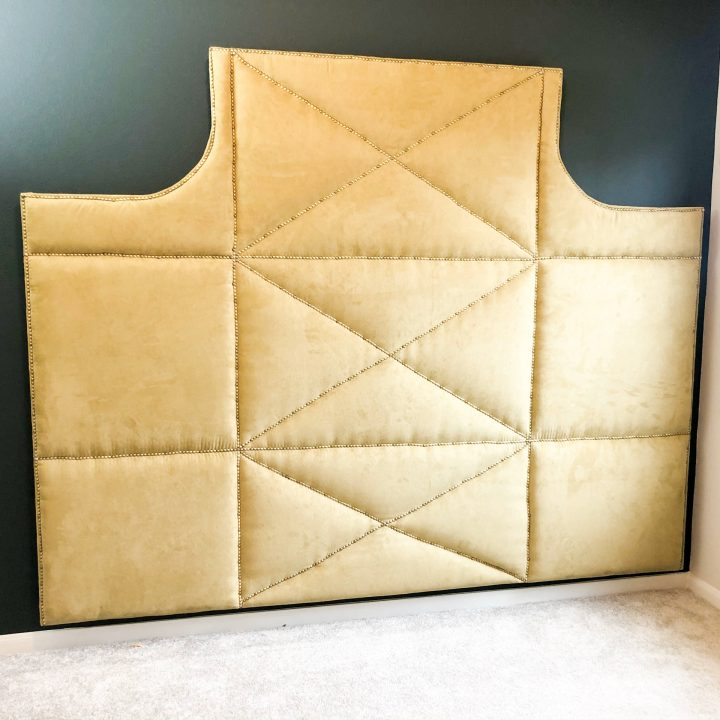 DIY (giant) UPHOLSTERED HEADBOARD