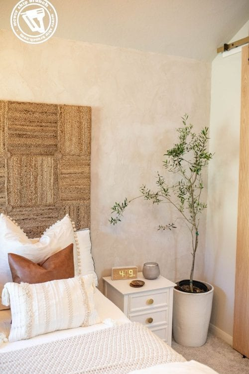 room reveal + guest room essentials to help your guests get their best night's sleep